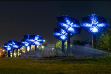 Solar flower, Dallas, TX by Harries and Heder